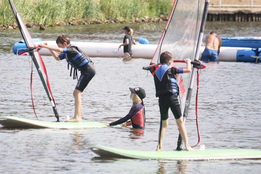 Półkolonie windsurfing + żeglarstwo